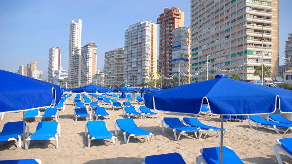 Пляж испанского курорта Бенидорм